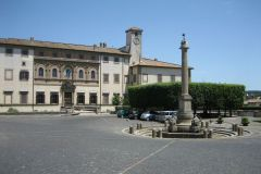 Oriolo Romano - piazza Umberto I